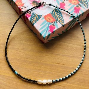Jewelry - Genuine pearl and seed bead necklace